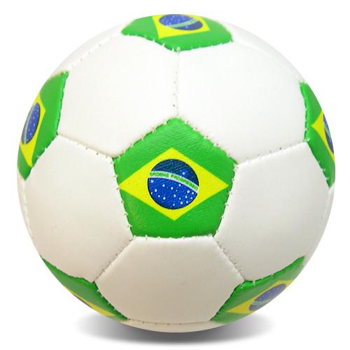 52ac25ecf NorthPeak - Miniature Juggling Soccer Balls - Brazil